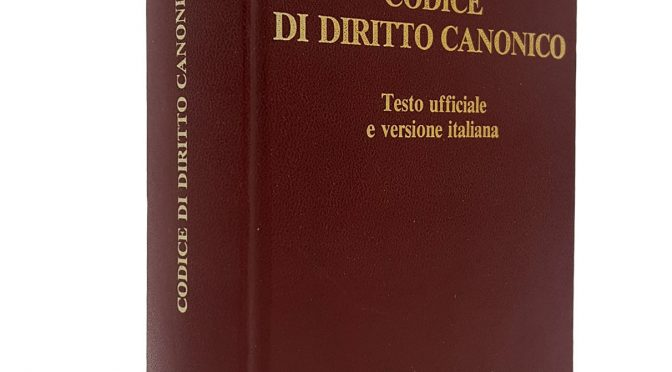 Eminente Canonista di Roma ammette che Bergoglio è antipapa