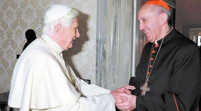 Papa Benedetto già ha rimproverato il progetto eretico di Bergoglio in 2008